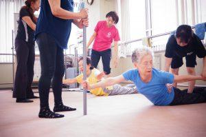 腰痛改善棒背筋