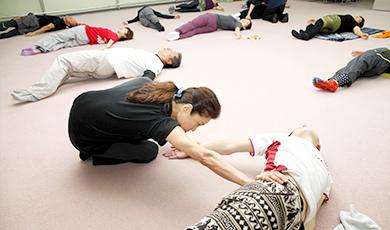 「補助」で姿勢改善して、慢性的な緊張をほぐす